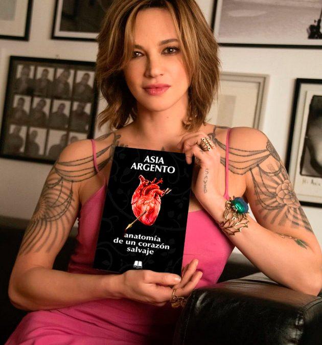 """Asia Argento presenta en Málaga su autobiografía, """"Anatomía de un corazón salvaje"""""""